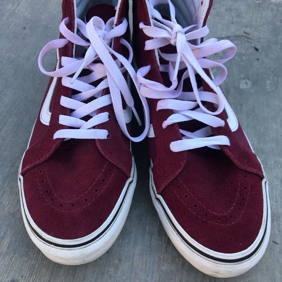 529f091ab618 Vans Ward Hi Skate shoes. M 5c1576e8a5d7c65d8784b7c7